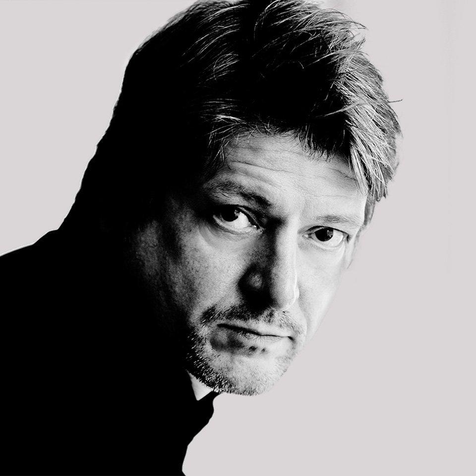 portrait of Neil Poulton